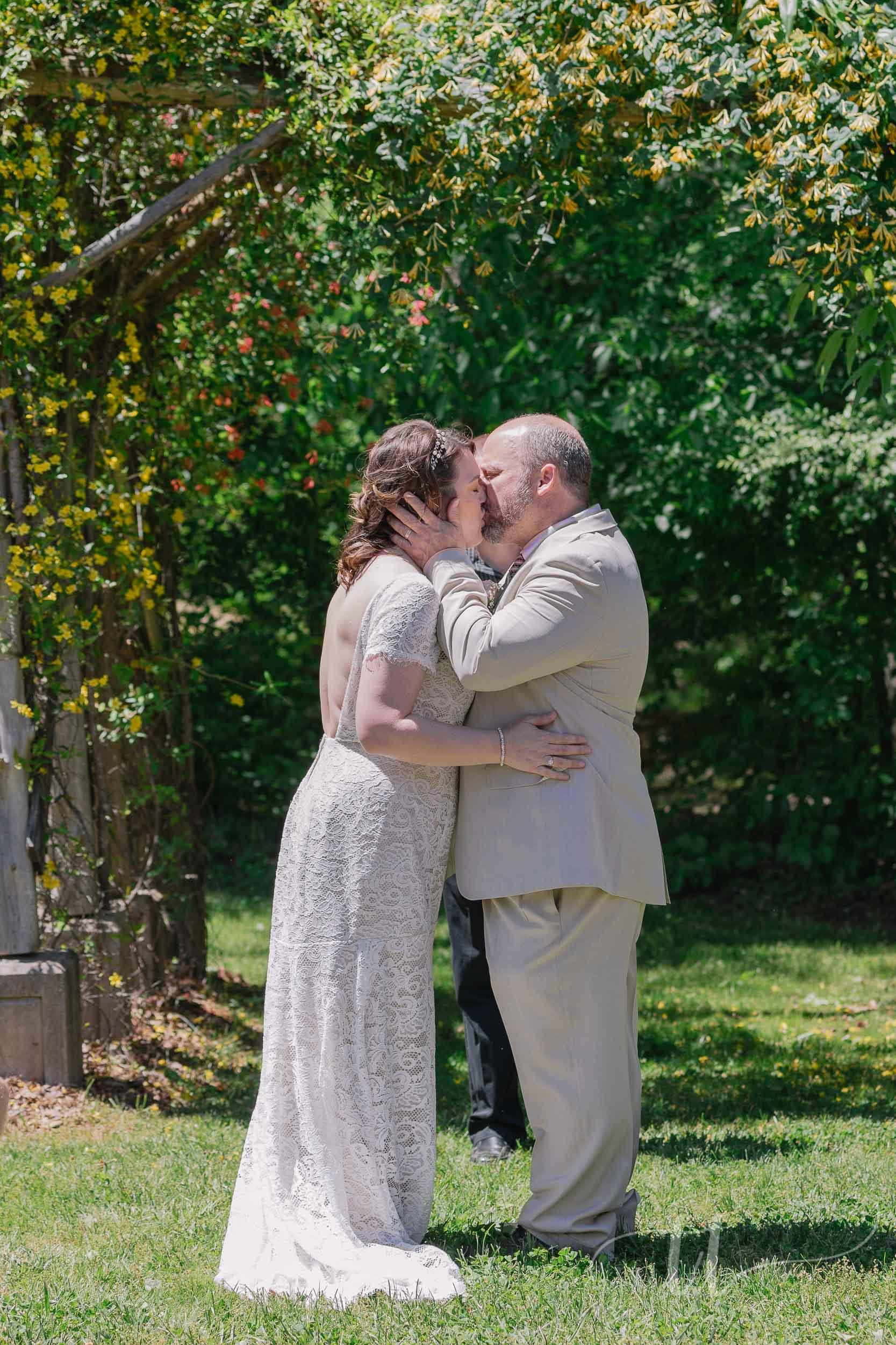 pleasant-garden-wedding-10.jpg