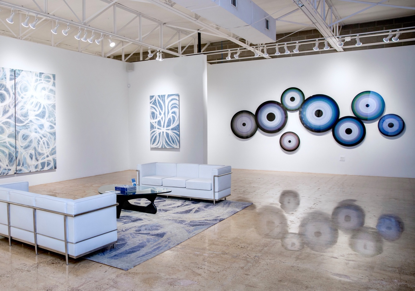 1/17/19 - DALLAS | Third Thursday Gallery Walk | 5-8 pmPlease join us for cocktails at for a night of art openings at our gallery and our neighbors: Ferrari Gallery, Ginger Fox Gallery, Joel Cooner Gallery, Beaudry Gallery and the Lawley Art Group.