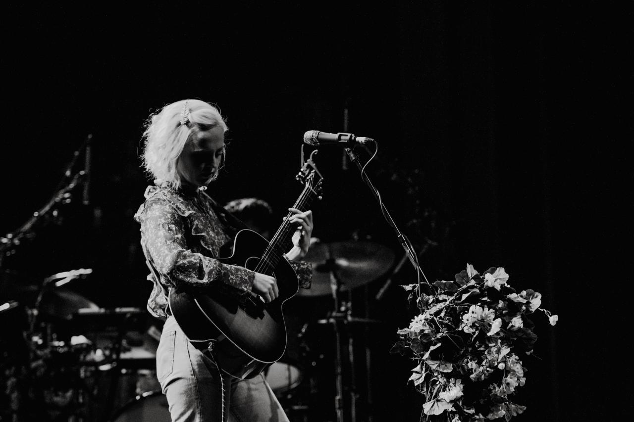 Laura-Marling-vogue-theatre-do-604-2.jpg