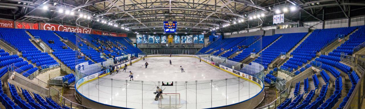Ice-Hockey-the-ubyssey-Saman-Shariati-7.jpg