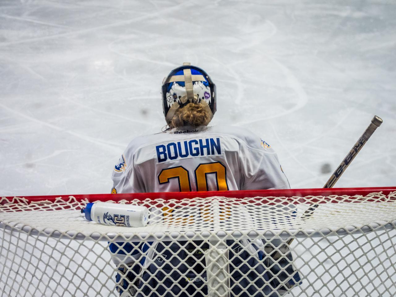 Ice-Hockey-the-ubyssey-Saman-Shariati-16.jpg