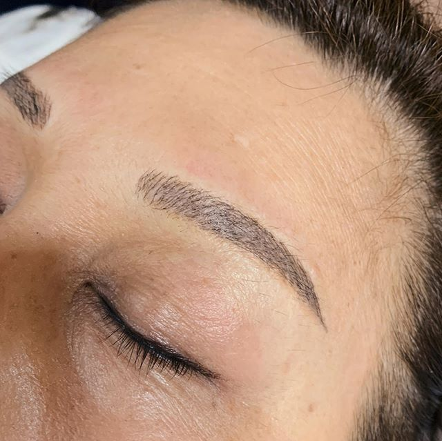 Eyebrow Microblading Swipe for after and before!  Save time drawing your brows everyday!  Book appt now, free consultation.  #eyebrows #brows #eyebrowembroidery #liptattoo#eyedefine #eyelashextensions #beautysg #beautysalon #sgblogger #microblading #facial #skincare #iplfacial #iplhairremoval #hairremoval #ipl #bridalbeauty #bridal #oxygenfacial #microneedle #beautysg #beautysalon #stemcell #stemcellfacial #beautyblogger #sgbeautyblogger #truthskin