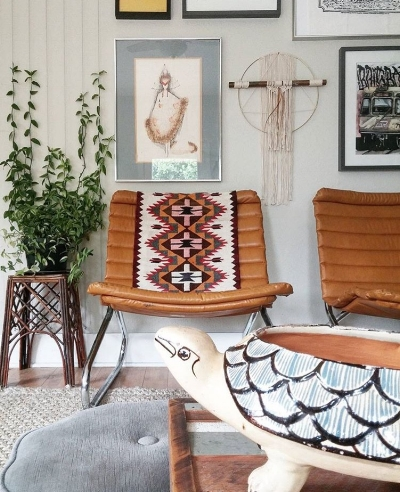Cool neutral eclectic vibes at the gorgeous home of @liz_kamarul