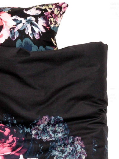 Hydrangea Duvet from  H&M Home .  Black bedding is the way forward.