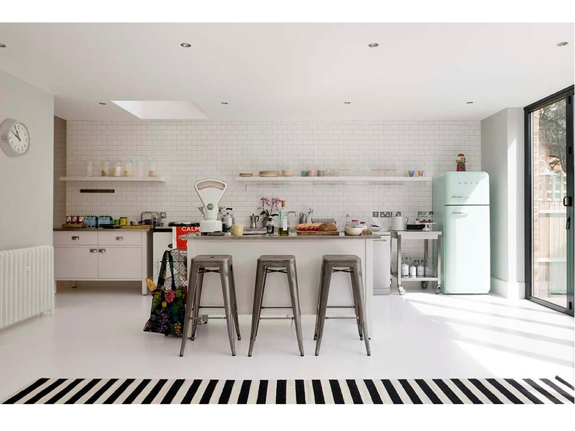 The home of Mairead Fanning, my dream kitchen.  Obsessed with the poured resin floor.