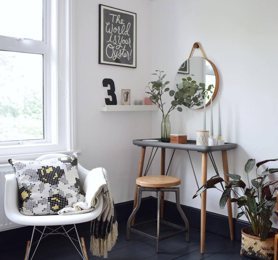 This curated selection of items in the home of Ruthie of  Design Soda  looks gorgeous.