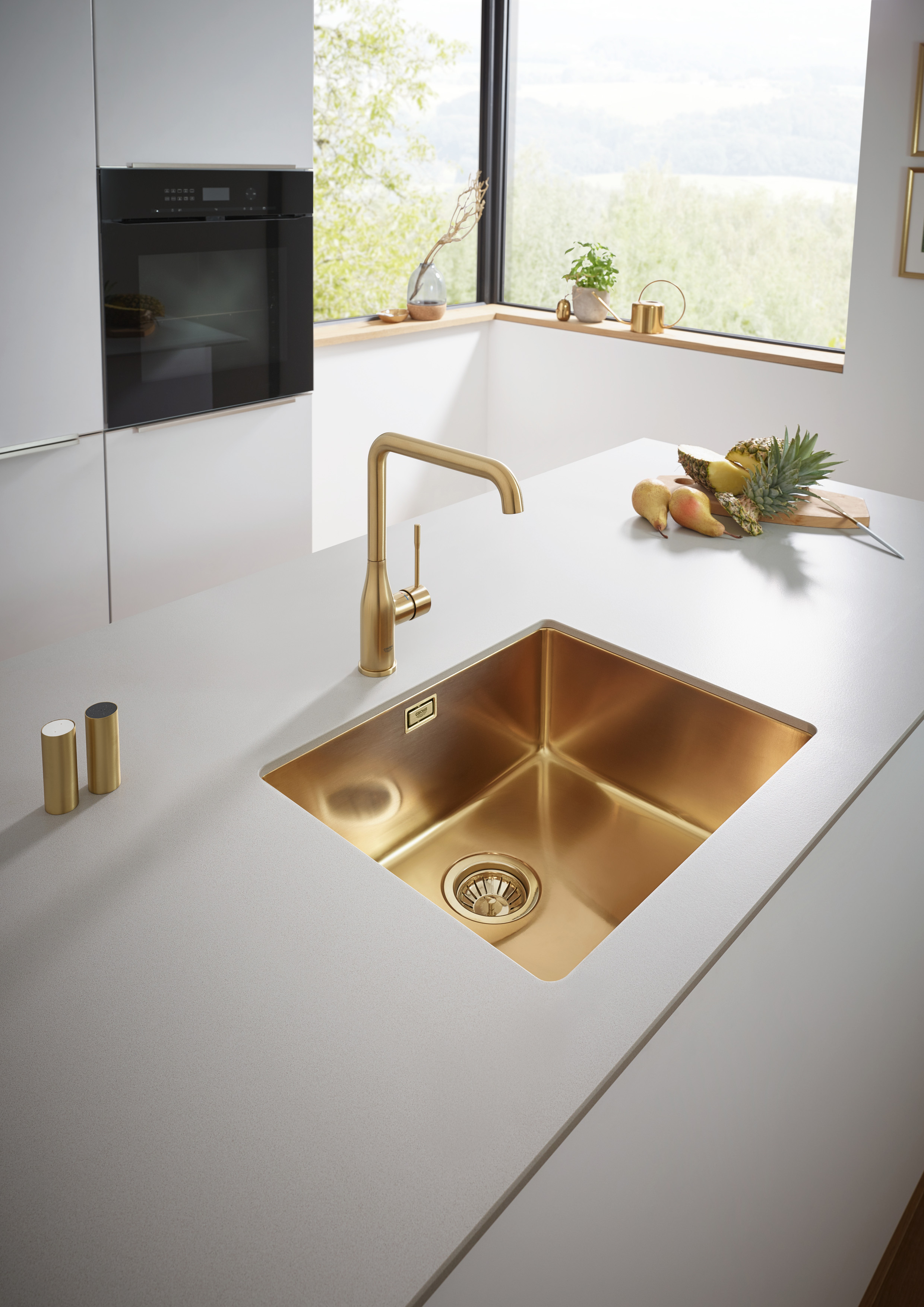GROHE kitchen sink in Brushed Cool Sunrise.jpg