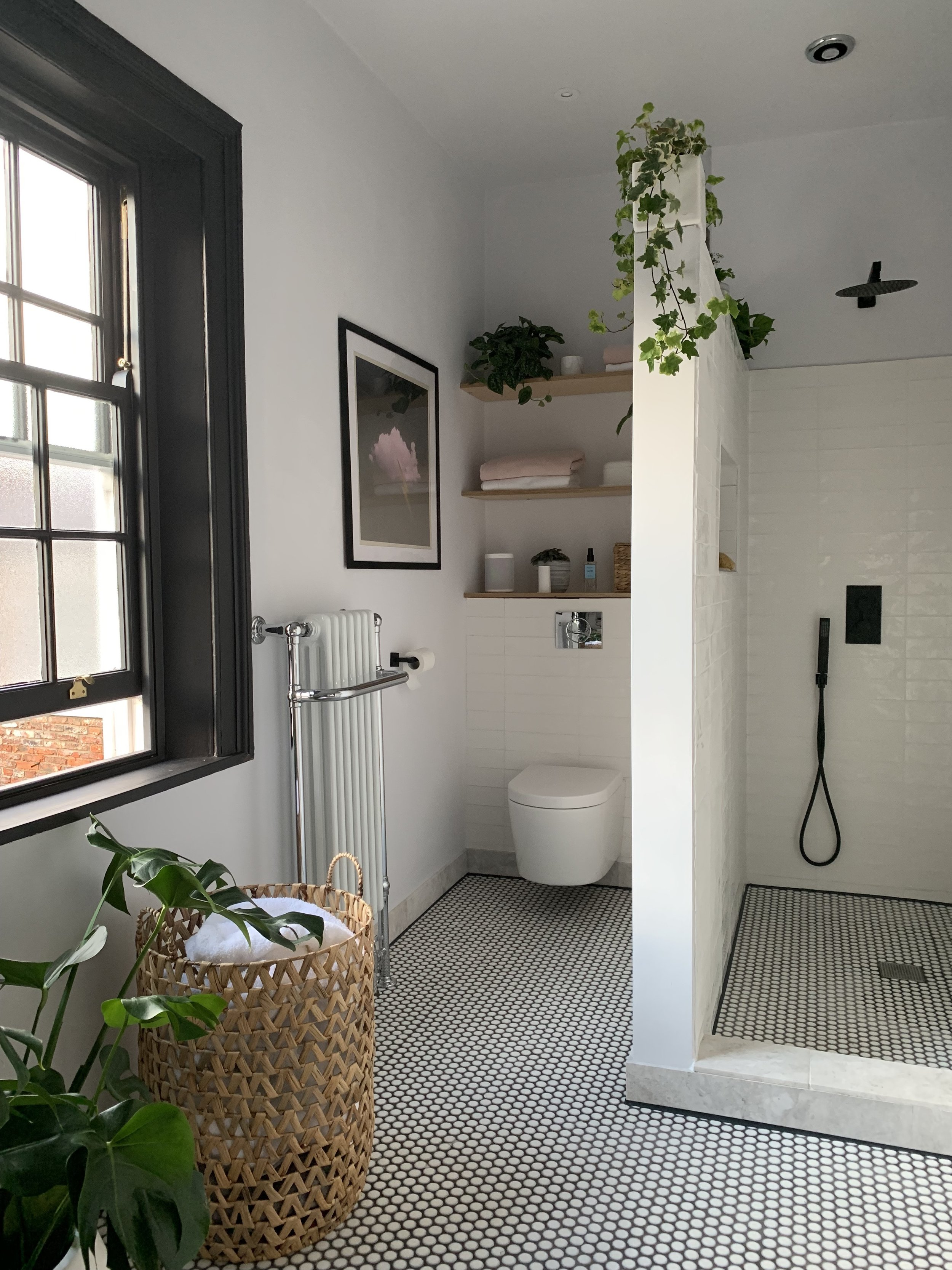 I kept the basics in this bathroom neutral so that I can add colour or swap around the accessories.