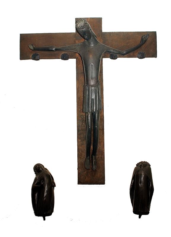 Kreuzigungs-Gruppe-Ewald-Mataré-1939.jpg