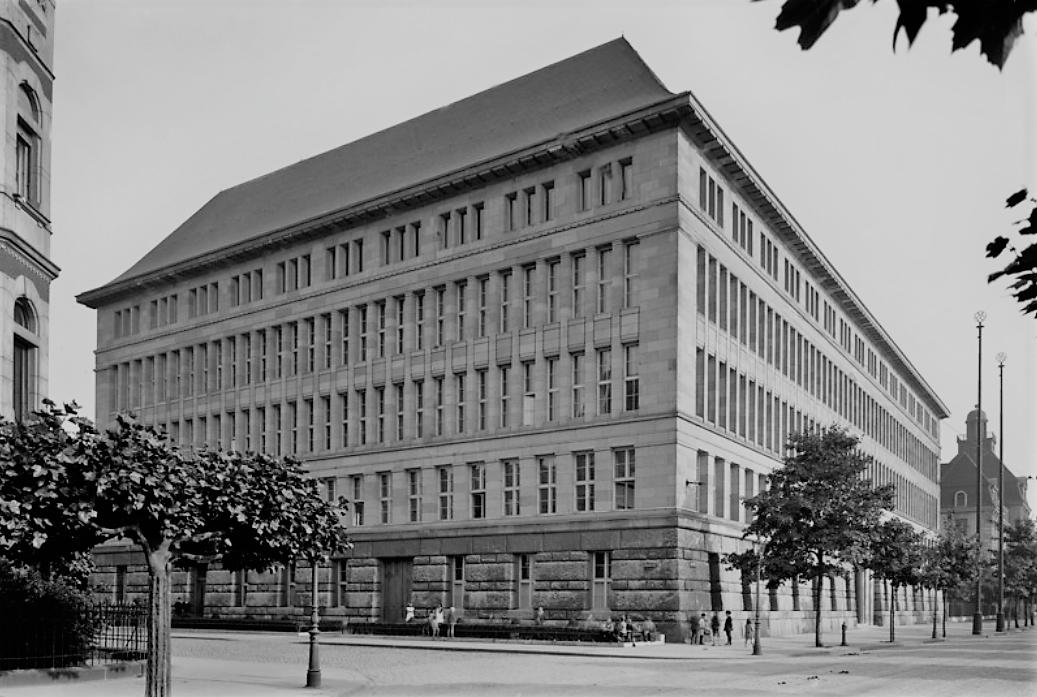 1915 © Bildarchiv Foto Marburg