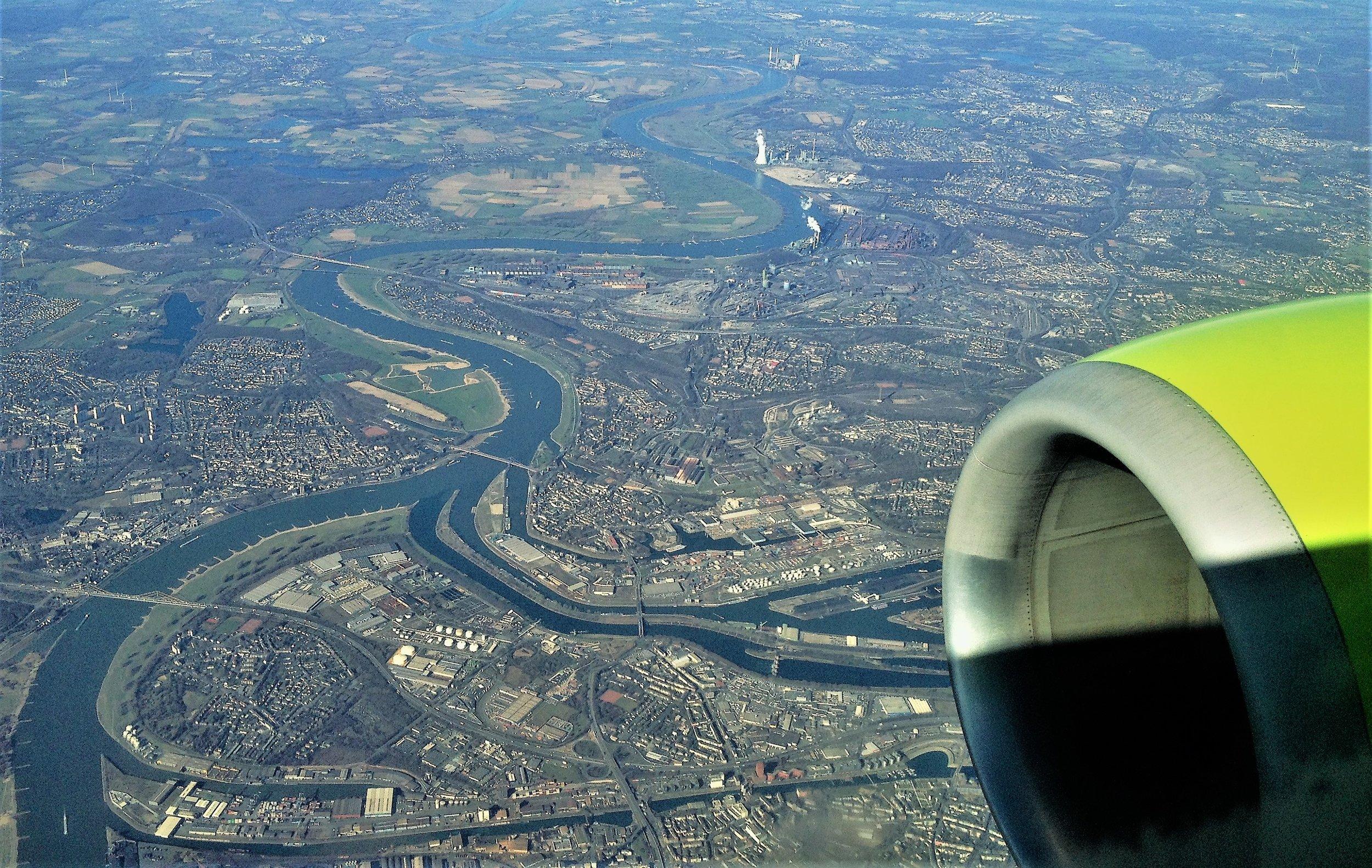 XXI век, Рур впадает в Нижний Рейн