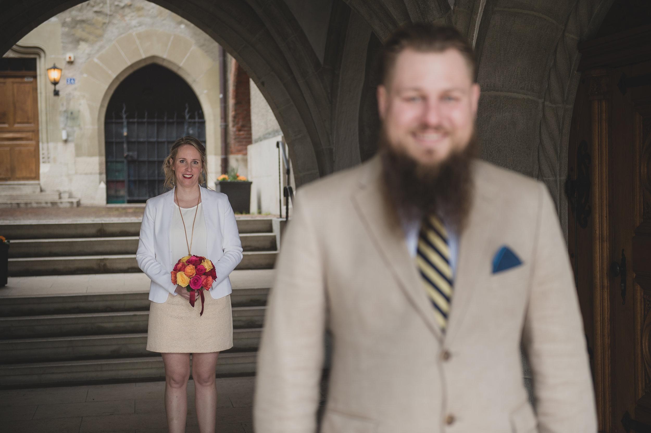 E&D - «Un énorme merci à toi Sam pour les magnifiques photos que tu as faites pour notre mariage civil! Il y a l'émotion du moment qui se transmet dans tes clichés c'est juste incroyable, j'ai même eu une larme pour certaines photos j'avais l'impression de revivre ce moment. Et nous avons beaucoup apprécié notre rencontre