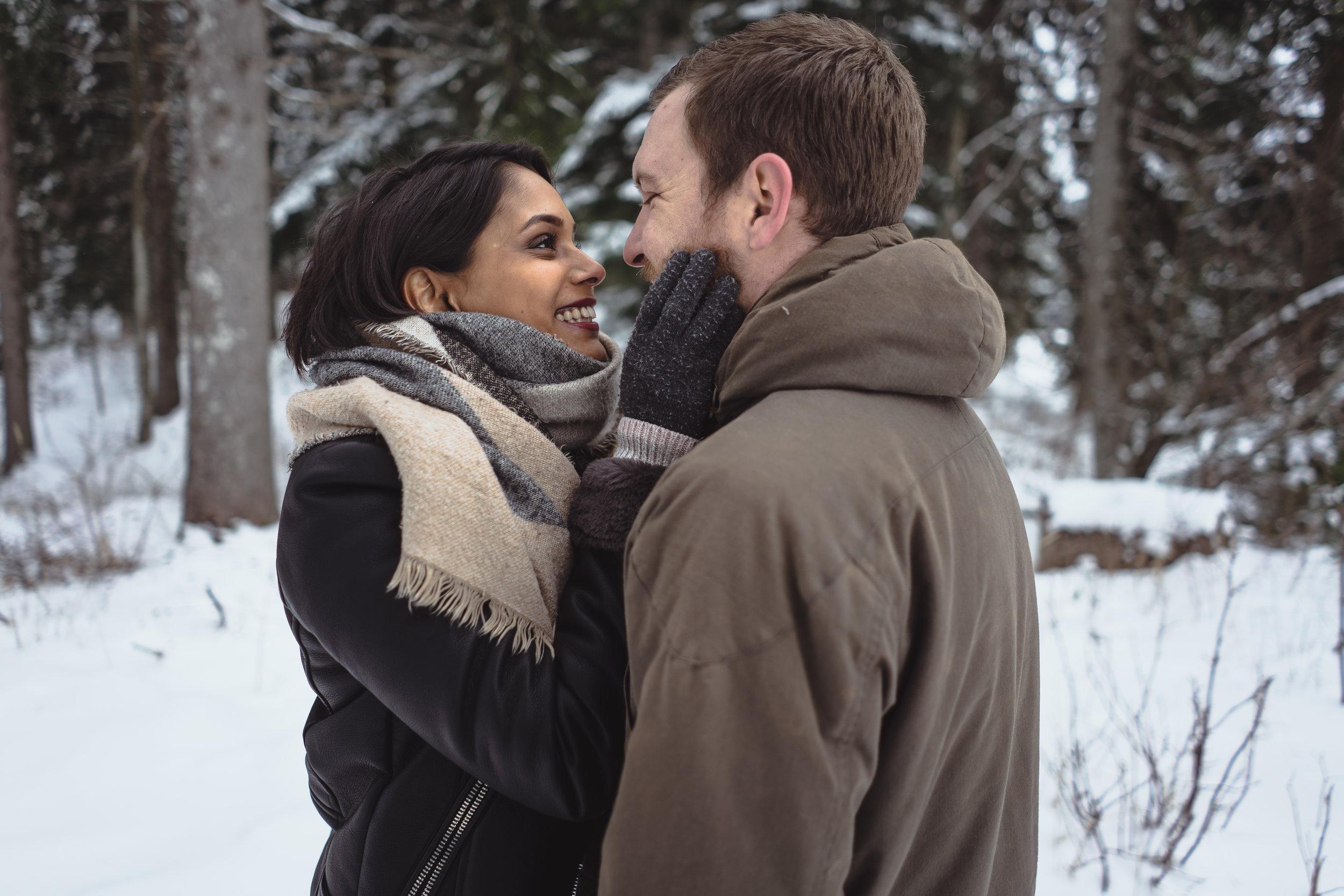 S&J - «Mon copain et moi avons fait une petite session shooting dans la neige avec Sam. Je la recommande vivement, elle est très professionnelle et nous guide à merveille! Les photos sont très naturelles et magnifiques.»