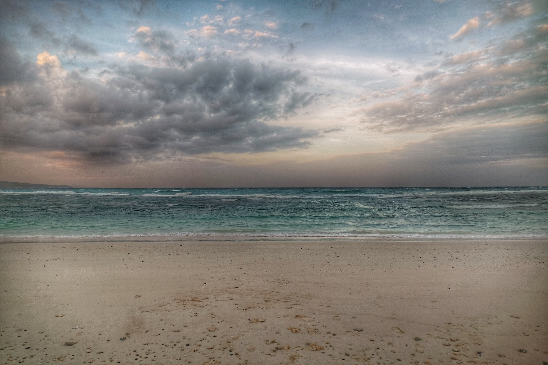 Llig-lligan beach.
