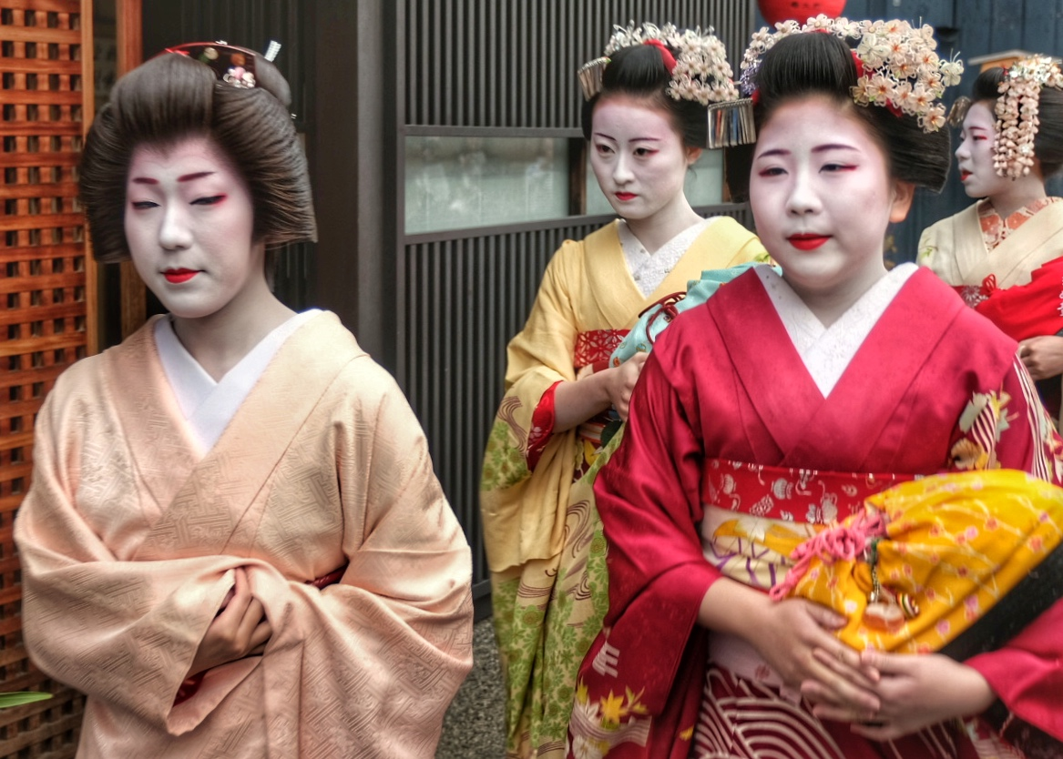 Geishas along the streets of Gion.