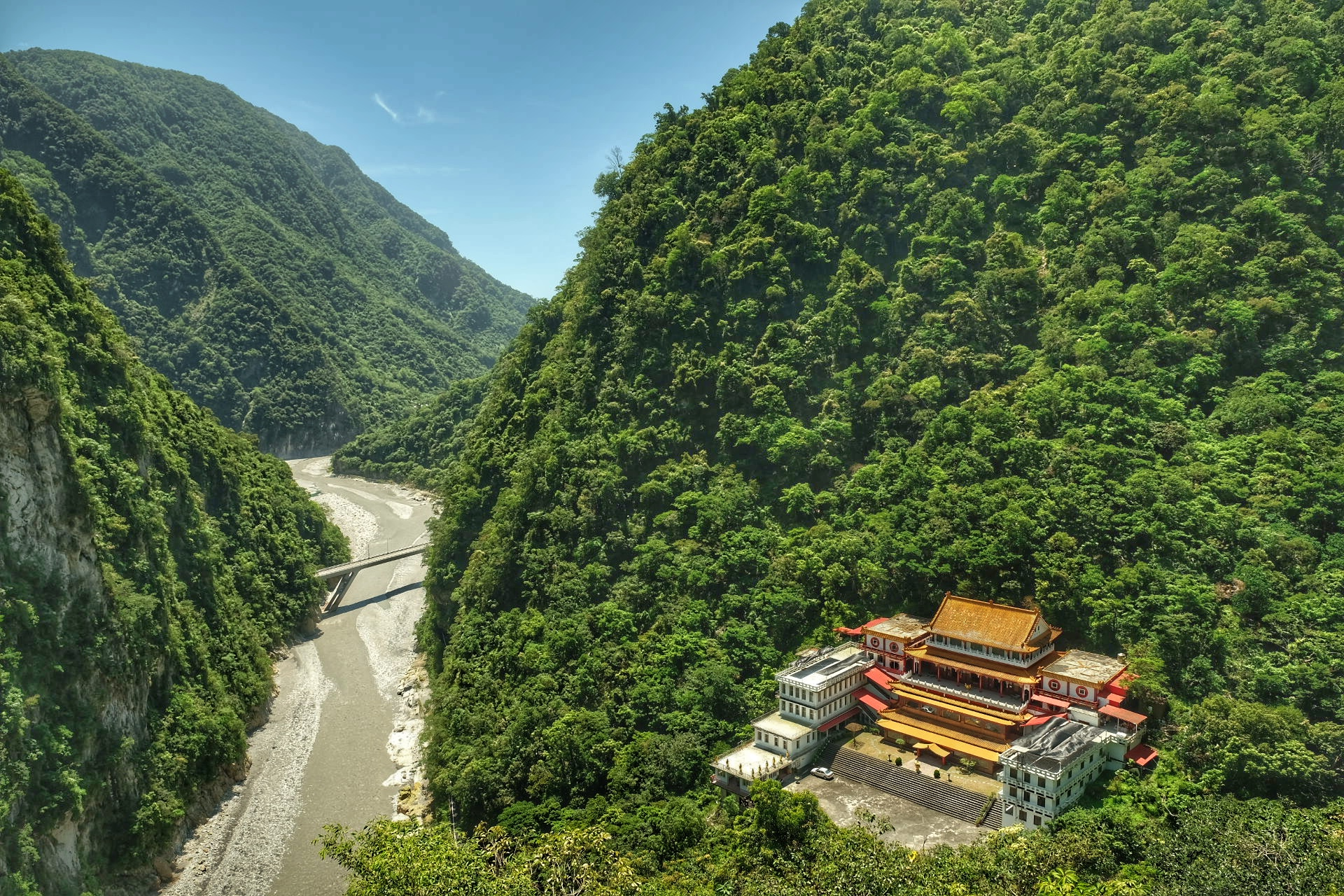 The view from Taroko Bell Tower.