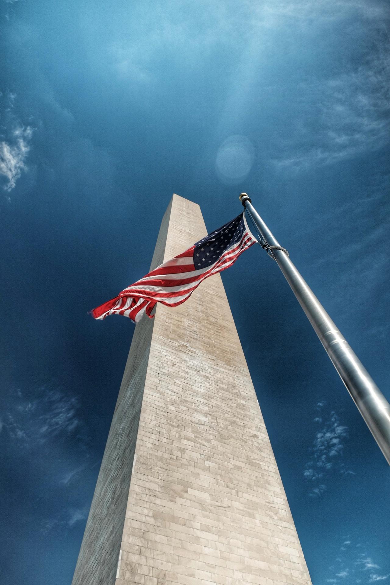 The Washington monument .