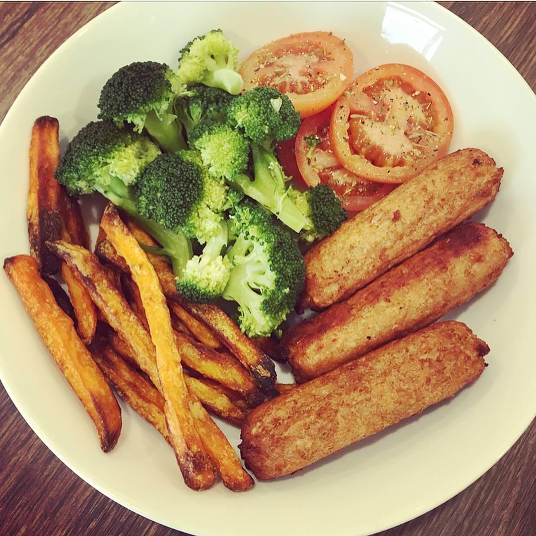 saus sweet potato fries veg.jpg