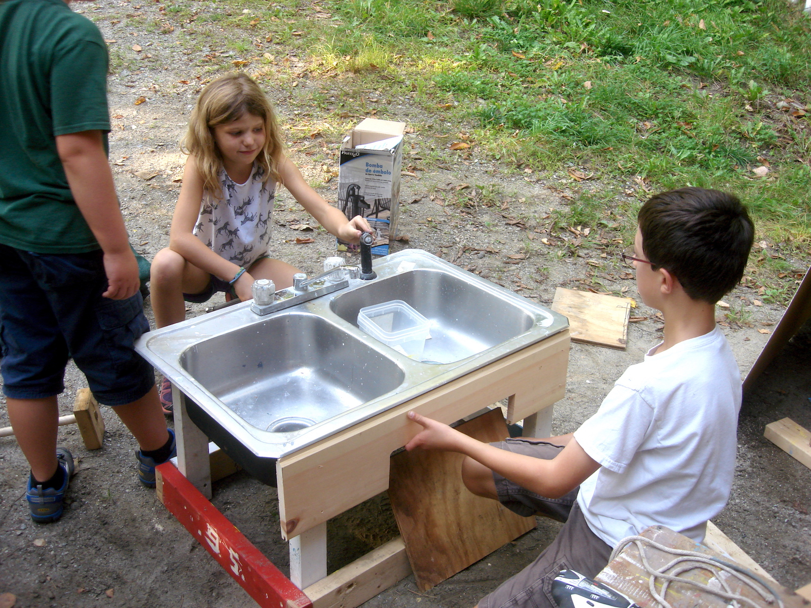 Lincoln and Hannah visualizing how the play sink would be used by the preschoolers.