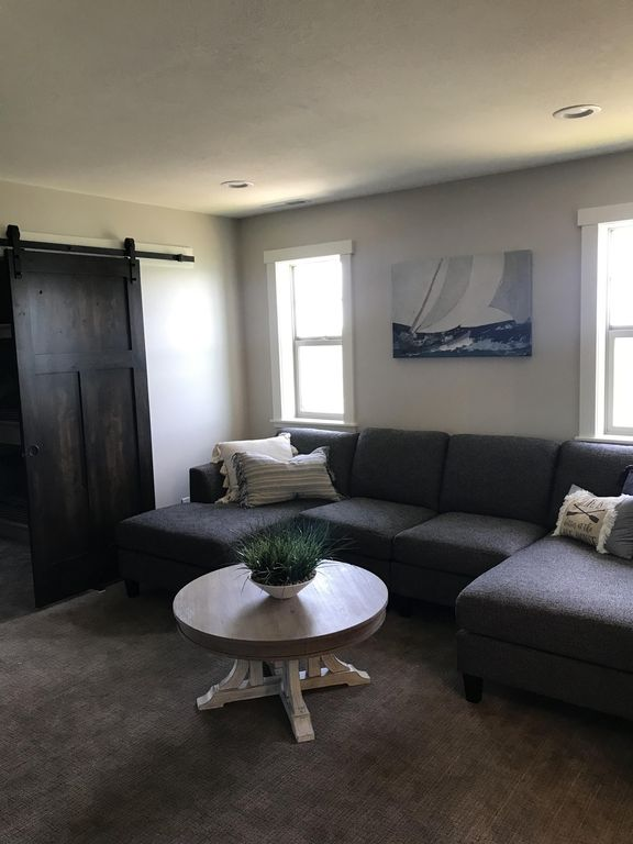 CTTDR Bear Lake living room2.jpg