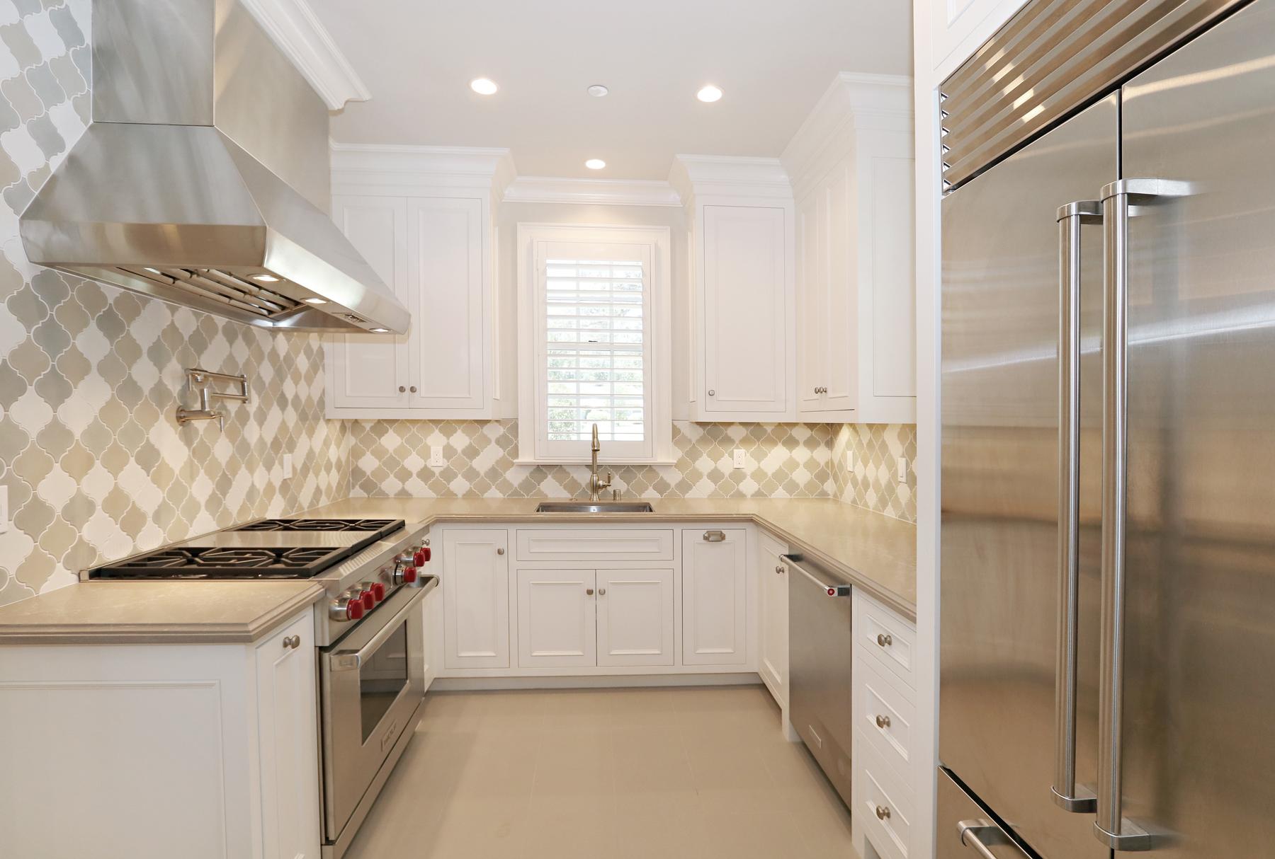 sm_20_Kitchen.jpg