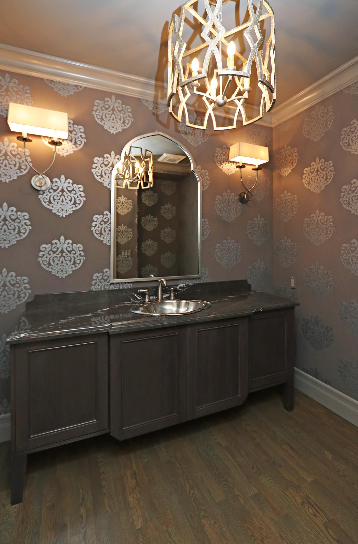 sm_27_Bathroom.jpg