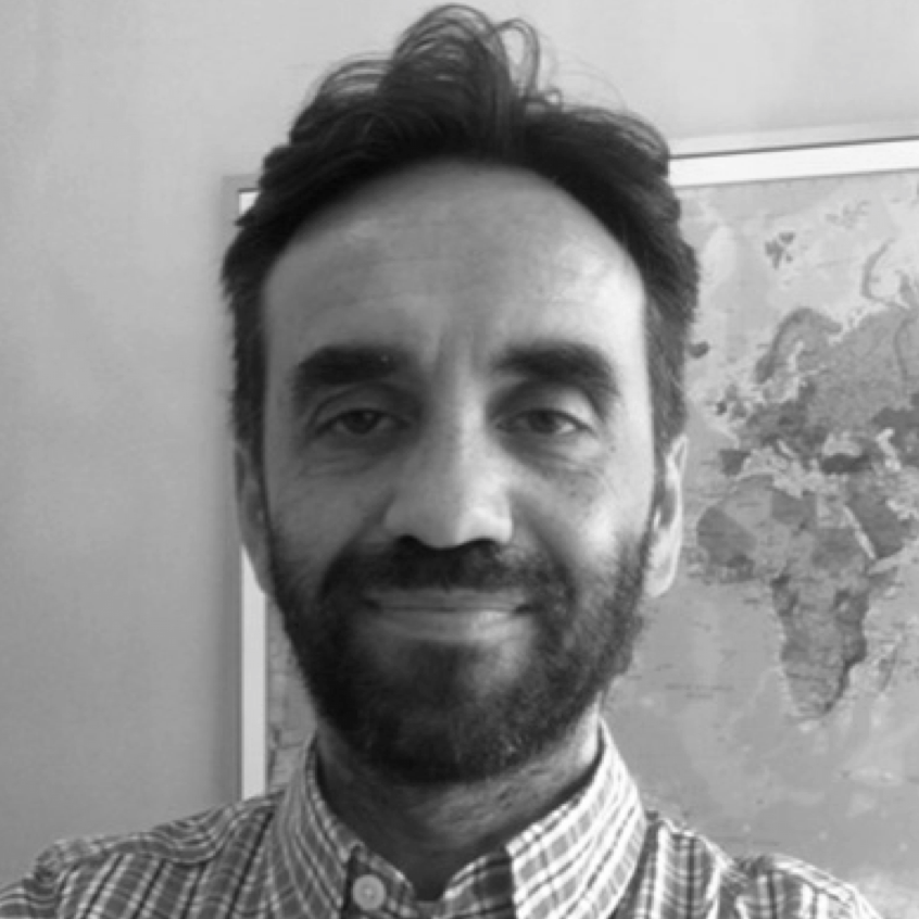 Martin Kemp   Cloud Based Mechanical Simulation & Optimisation Consultant  Northern Region Manager  Altair, UK