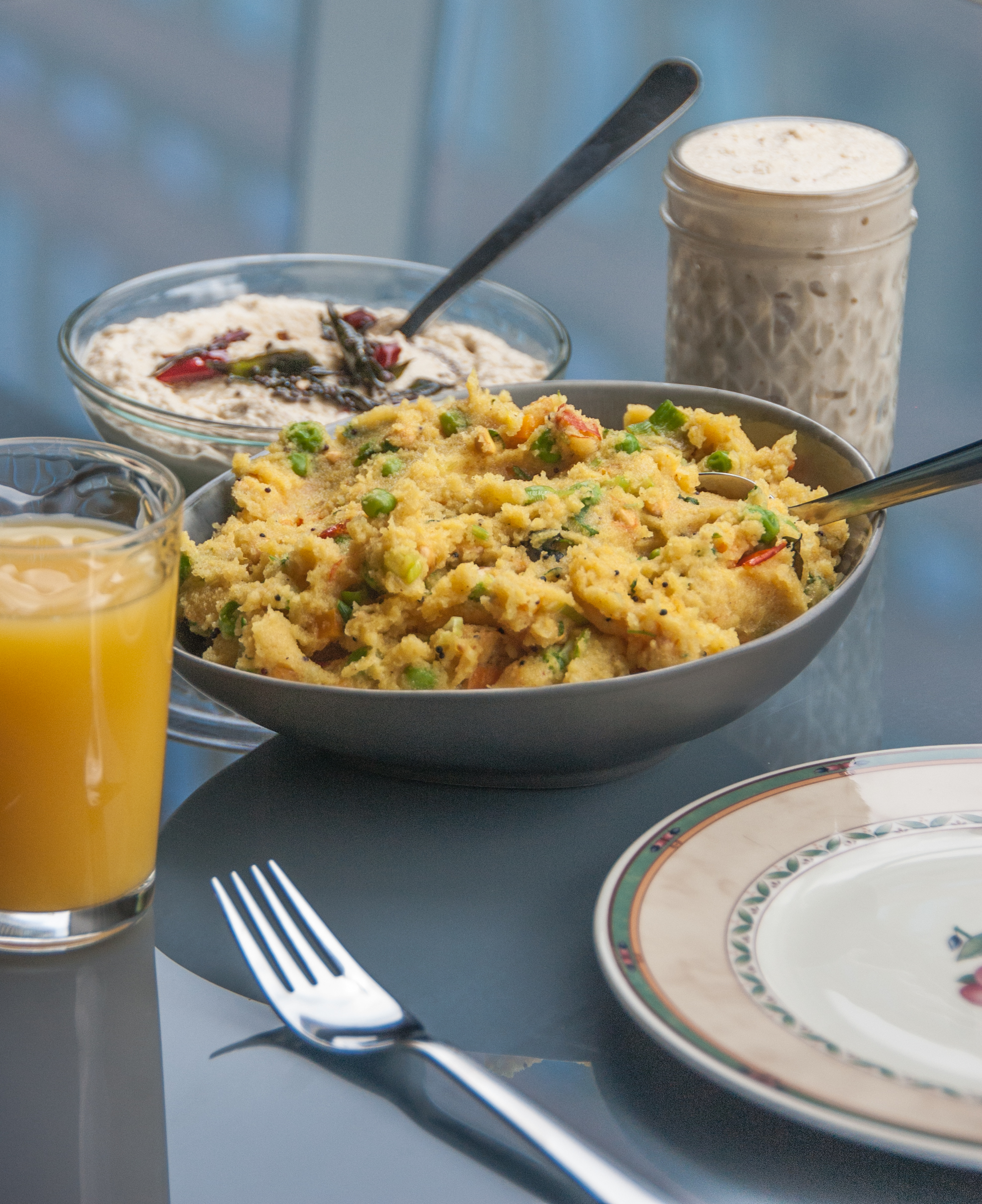Upma is a highly loved south Indian breakfast recipe made of semolina, and flavoured with turmeric, mustard seeds, and curry leaves. Indians prefer it with a dollop of freshly prepared coconut chutney by the side.
