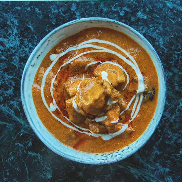 Butter chicken, something I make only when I have friends and family around to share it with ❤️ . . . . . .  #igfood #foodgram #hungry #foodspotting #forkyeah #thekitchn #nomnom #foodshare  #beautifulcuisines #vscofood #f52grams  #foodforfoodies  #foodpic #foodblogger #foodphotography