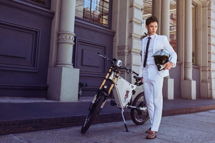 Koki Tomlinson modeling in Shirtologi suit, bespoke shirt and tie