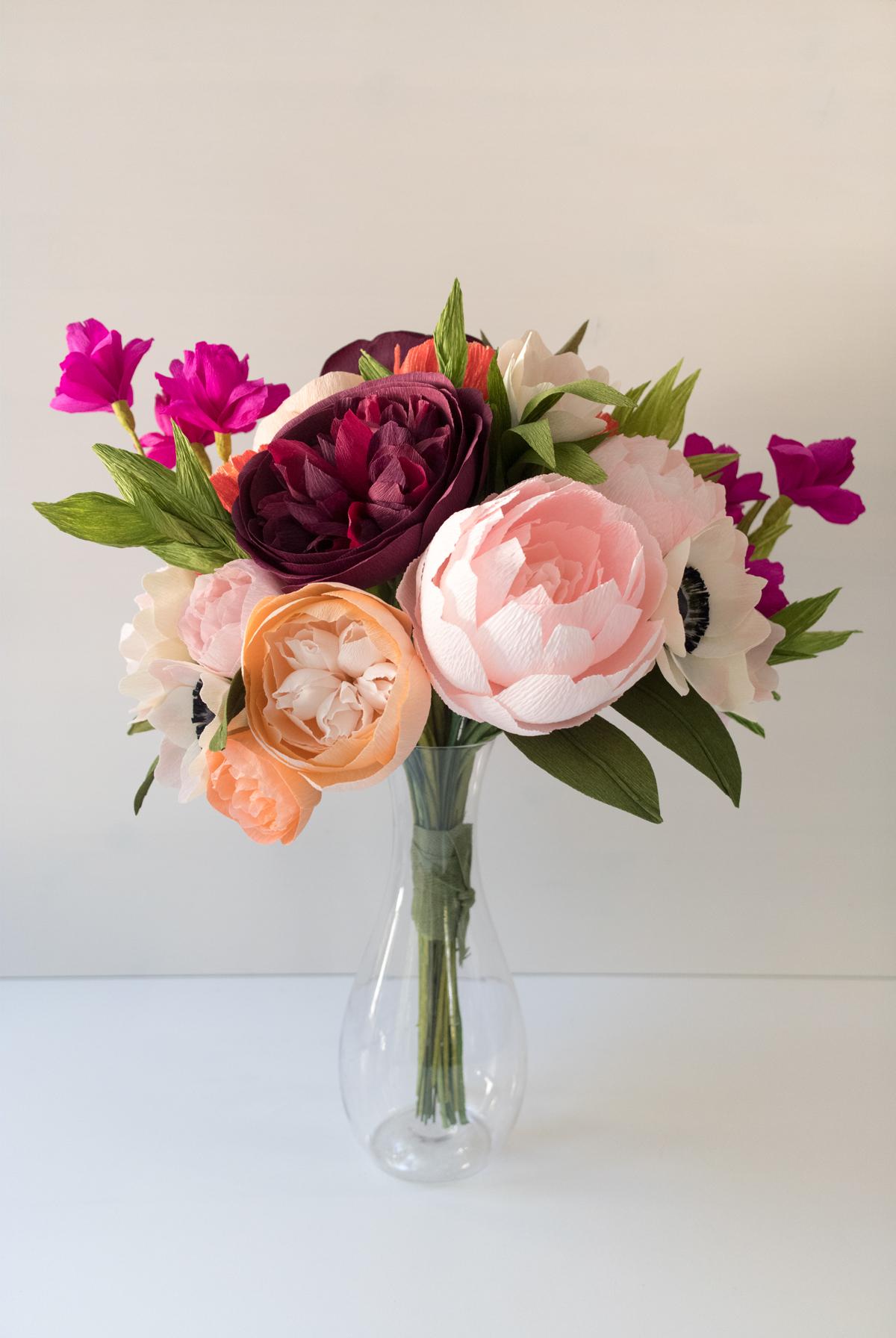 PaperRoseCo_Wedding_Erica_Bouquet.jpg