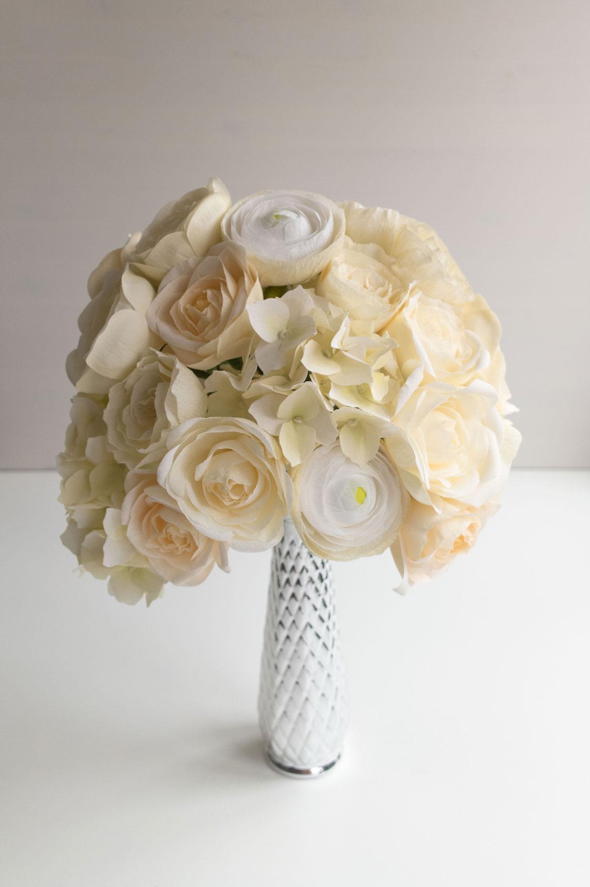 PaperRoseCo_18017_Bouquet_Side1_lr.jpg