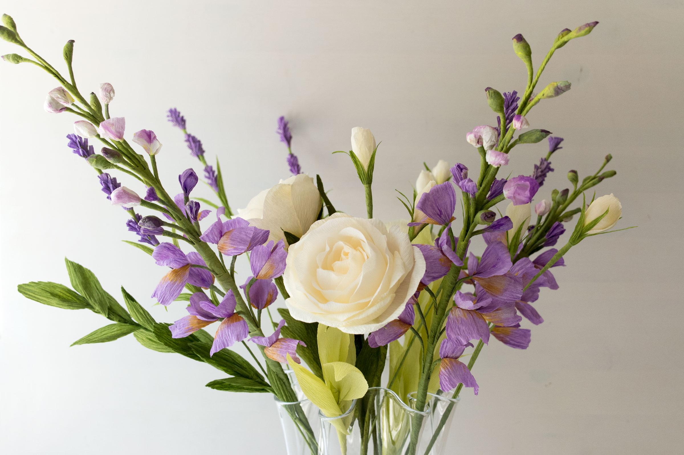 Paper Rose Co Anniversary Bouquet
