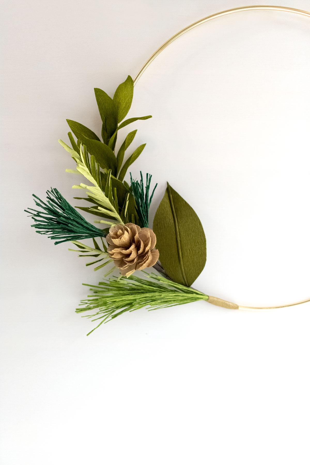PaperRoseCo_GreenWreath_2.jpg