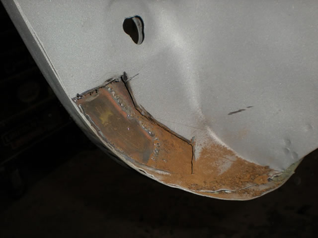74 LR Lower inner fender rust_jpg.jpg