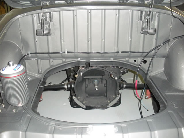 407 Engine Compartment_jpg.jpg