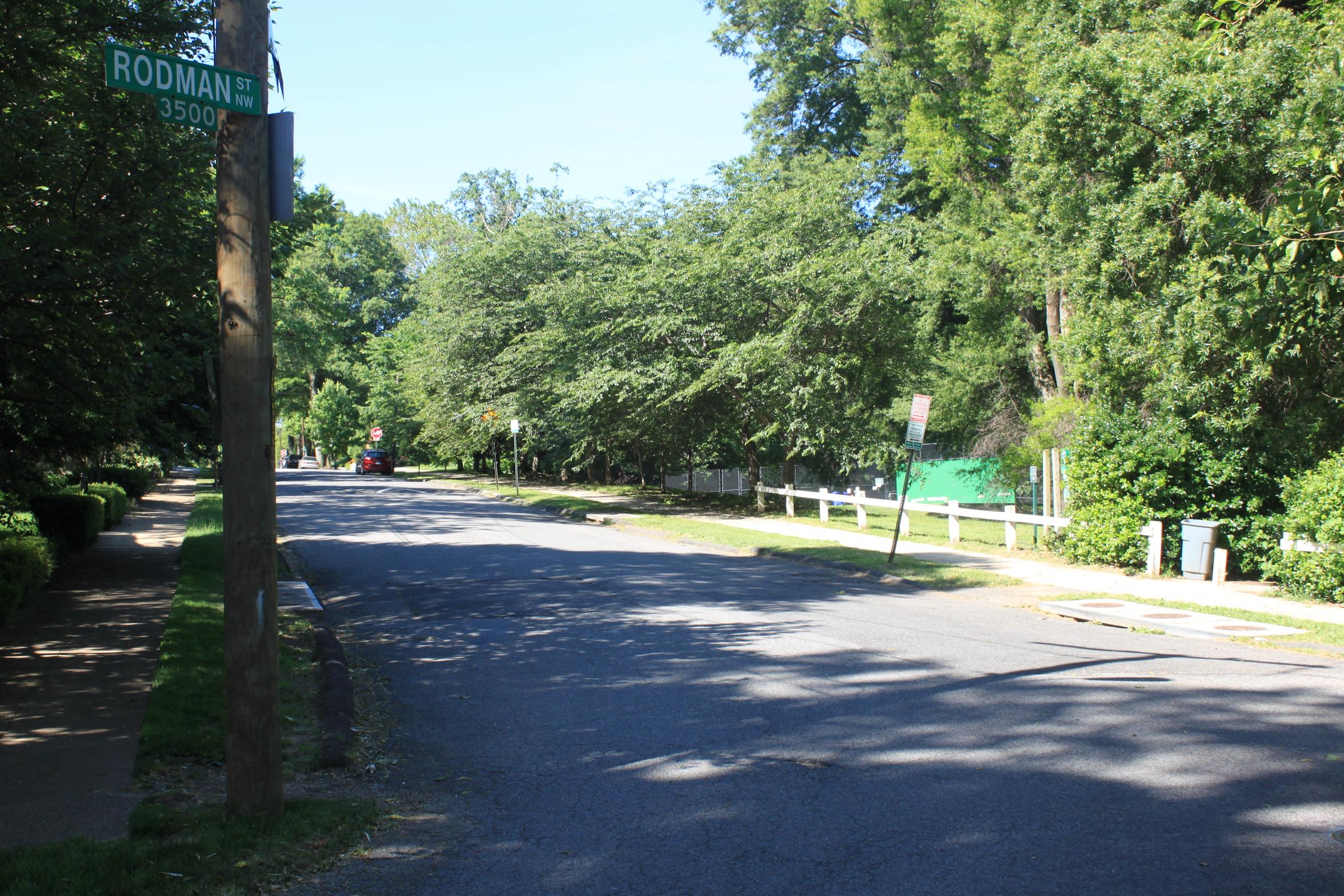 Idaho Avenue Looking Towards Quebec Street. (Idaho Avenue entrance is on the right.)