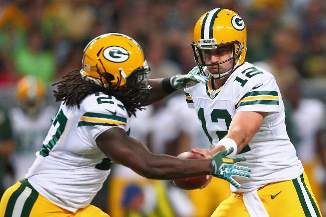 Can having Lacy and Rodgers together again improve the Packers chances. (Yes it can.)