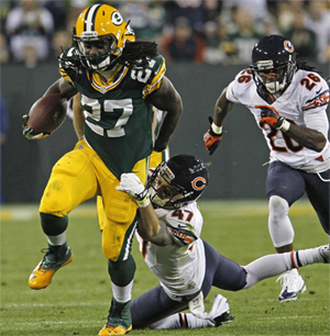 Eddie Lacy looks to break out of his early-season fantasy slump against da Bears on Sunday.