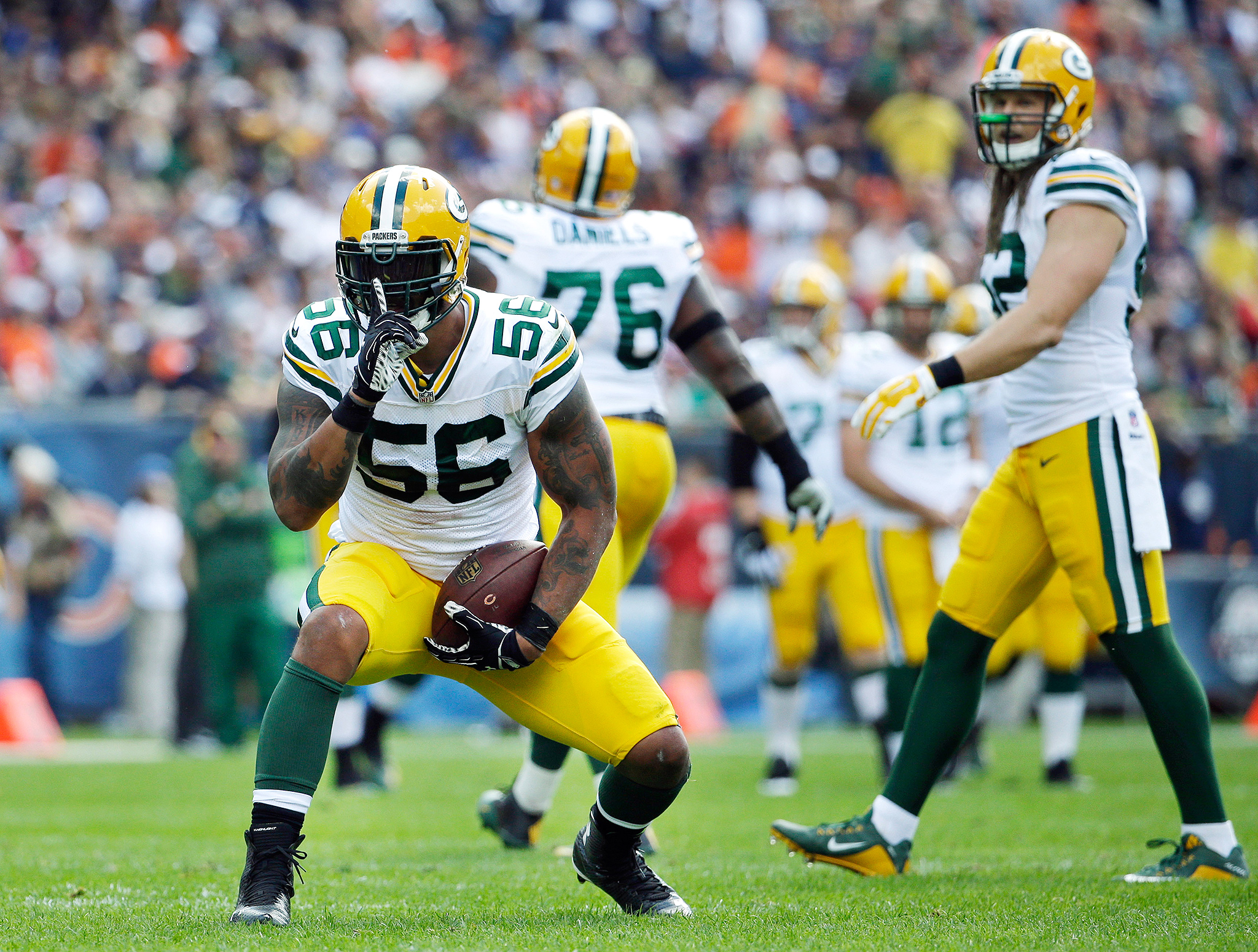 Linebacker Julius Peppers can pass Michael Strahan in career sacks with six in 2016.