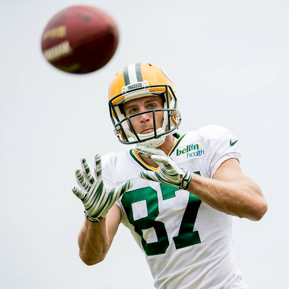 When Aaron Rodgers threw towards Jordy Nelson in 2014, the star quarterback had a passer rating of 124.0 out of 158.3.