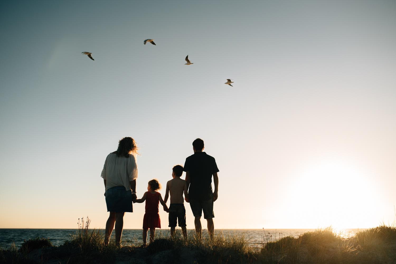 Amy Lucinda Shire Beach Family-10.jpg