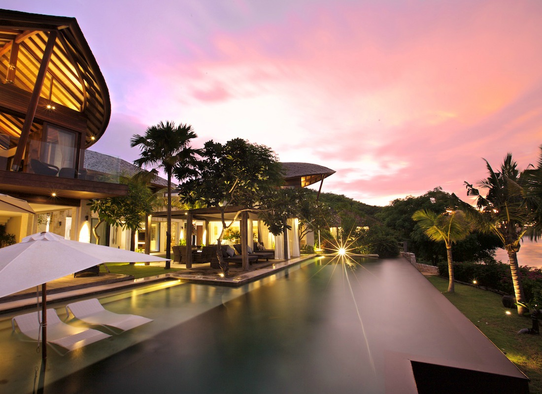 Opera-Villa-Prime-Location-Bali.jpg