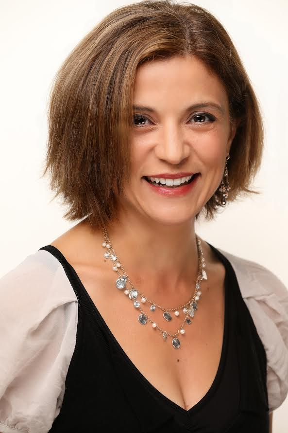 Mona Sabet Headshot.jpg
