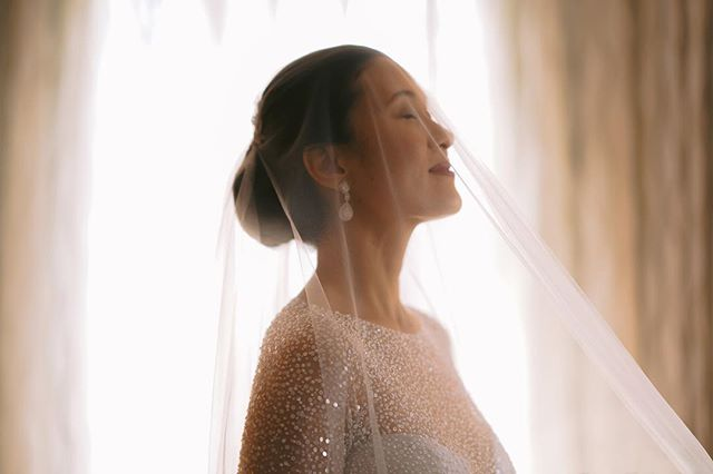 And it's just as light as air  Ton and Nika's wedding / @marianika #cheerstonika Make up @jasminemendiola  Gown @veluzbride  #themvmtph #weddingsph