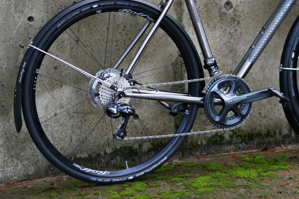 REN-W55-2014-Glitter-Cannon-Outside (3).JPG