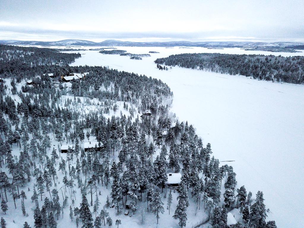 Lake Inari 2.jpg