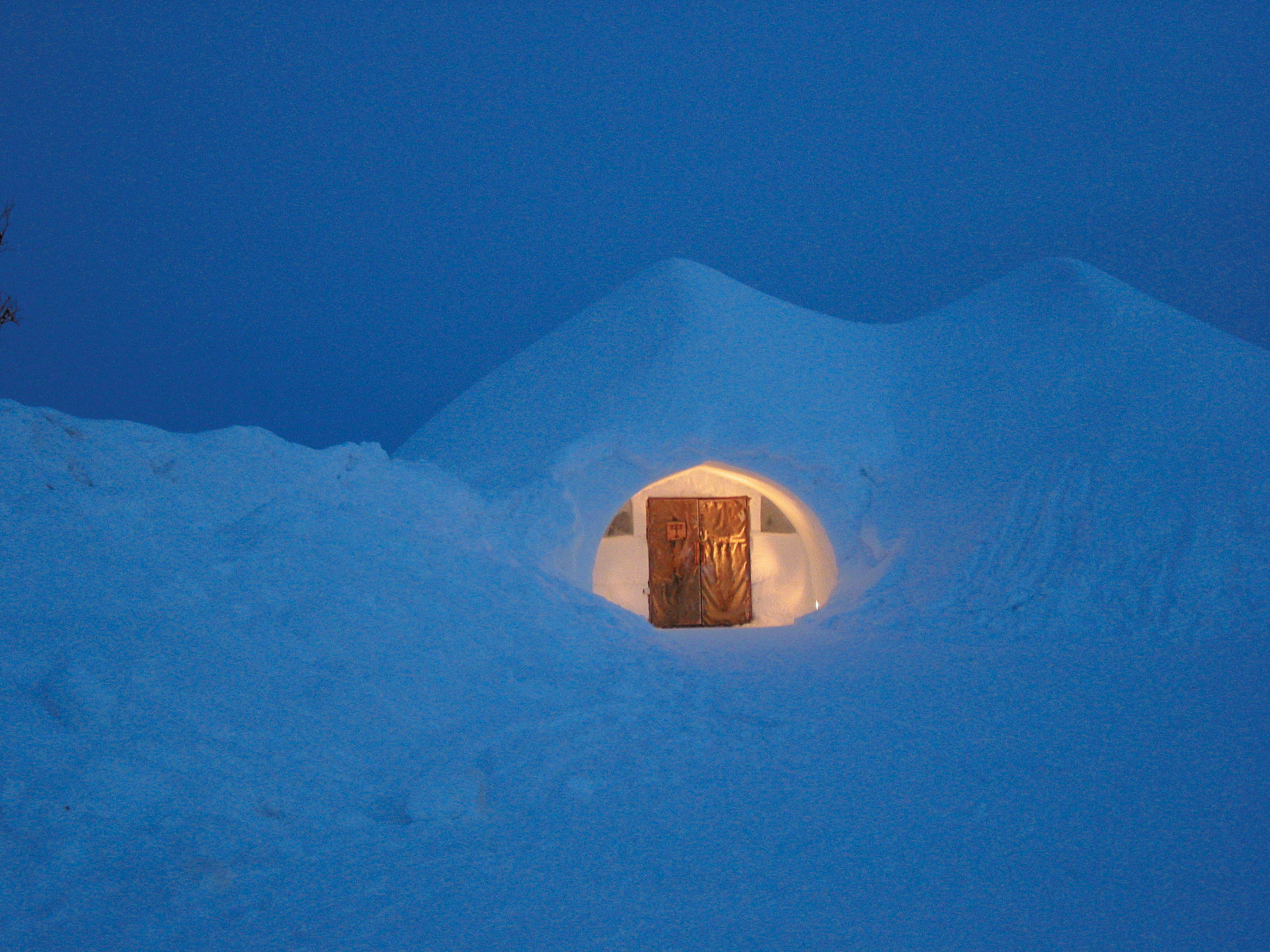 Kakslauttanen_igloo_village_3597.jpg