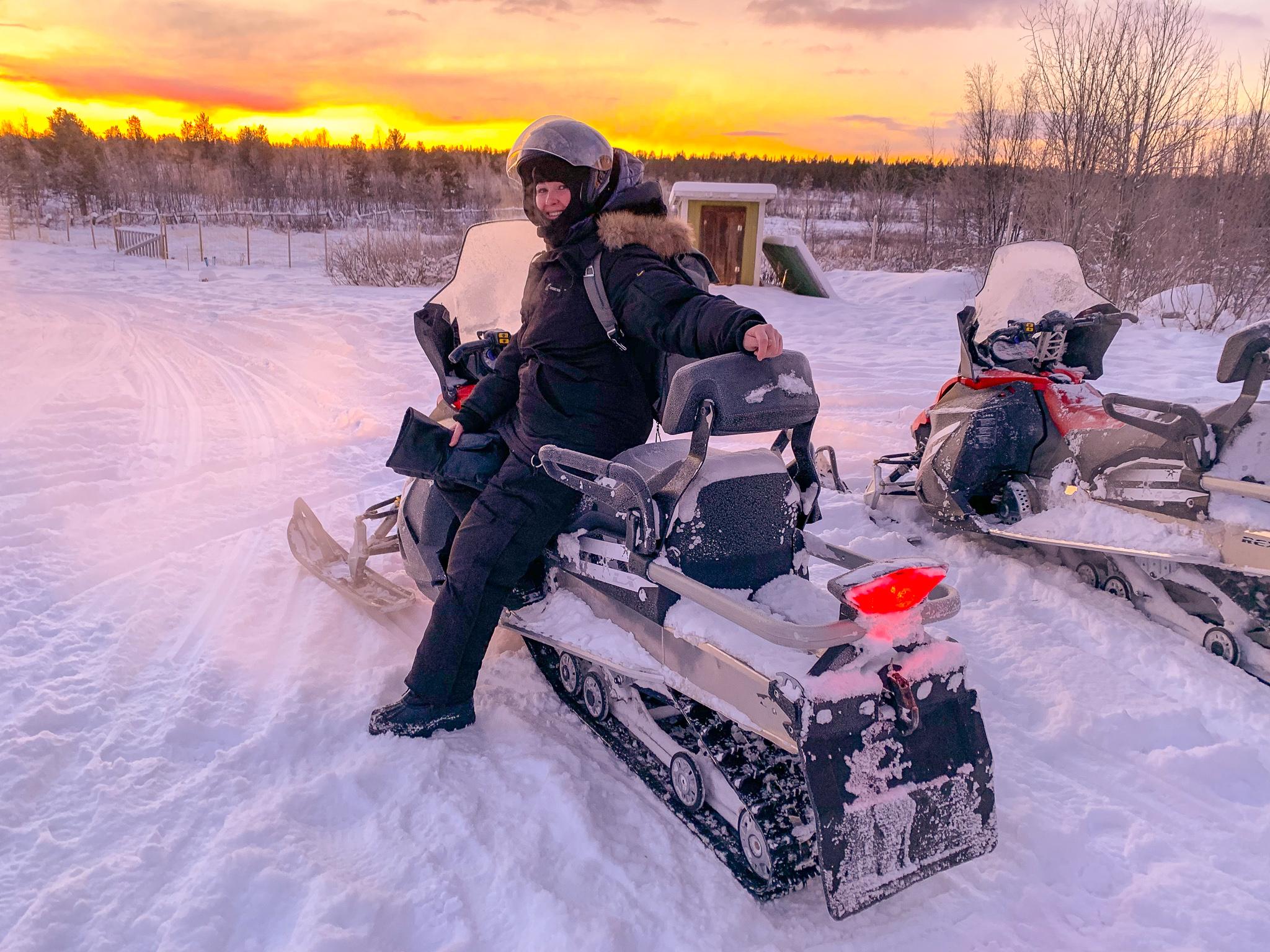 snowmobile-tour-kiruna-adventure.jpg
