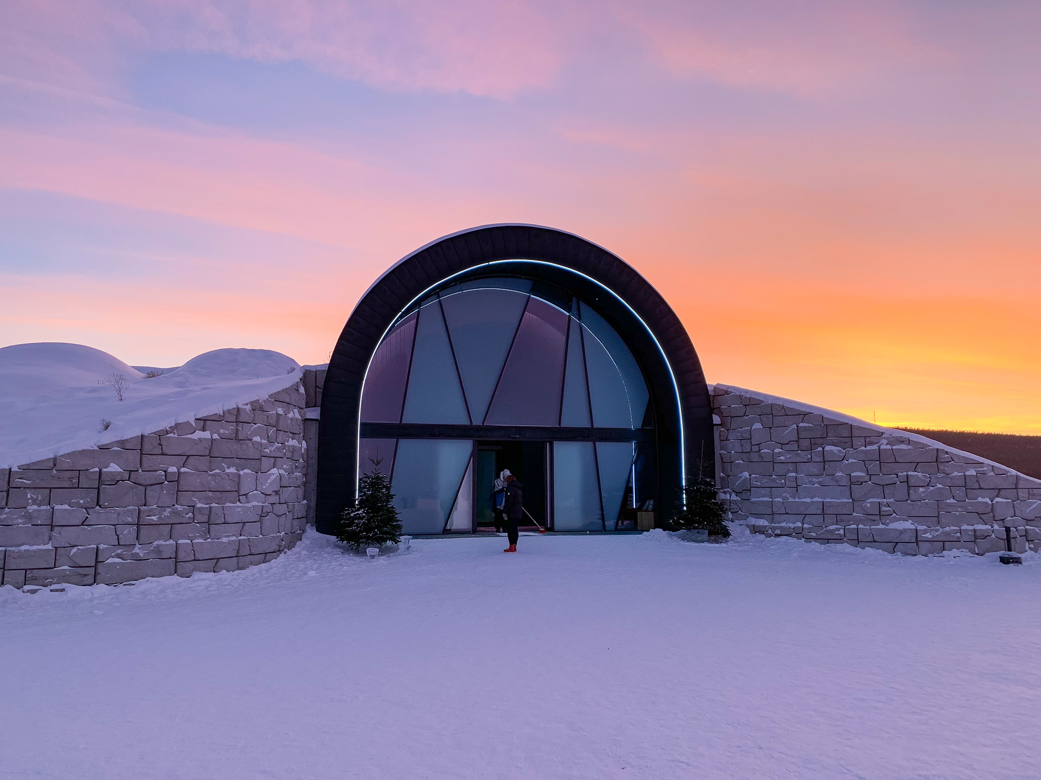 365-Ice-Hotel-Kiruna.jpg